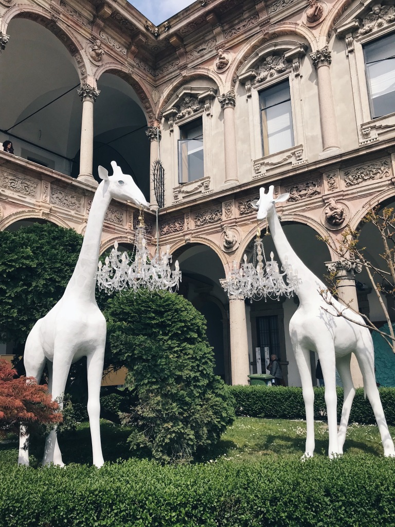 Giraffe in Love Marcantonio Qeeboo Milan Design Week 2019