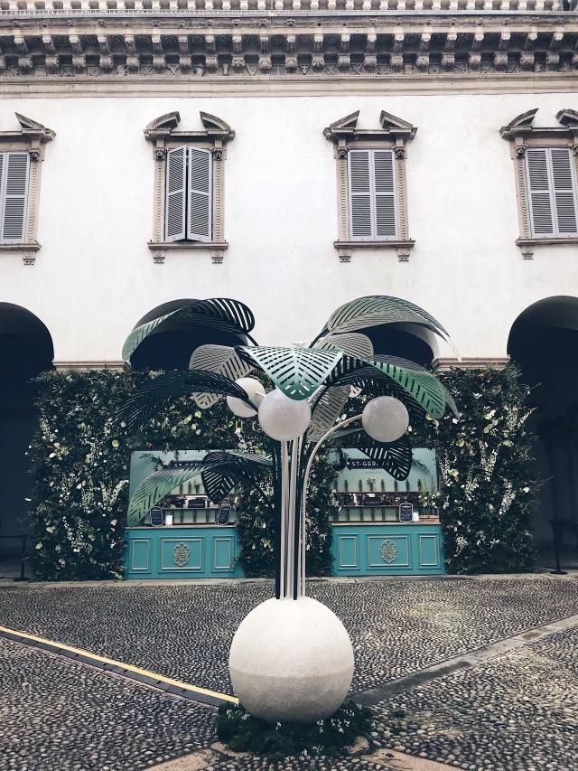 Le Refuge lamp Marc Ange Palazzo Cusani